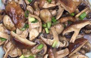 vegetables, veggie, mushroom recipes, shiitake mushrooms, stir frying, Shanghai classic, traditional Chinese