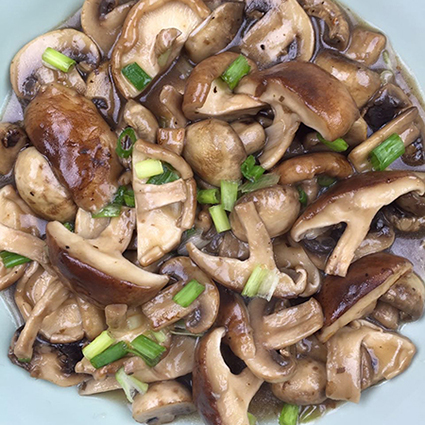 yumyum fusion vegetables, veggie, mushroom recipes, shiitake mushrooms, stir frying, Shanghai classic, traditional Chinese