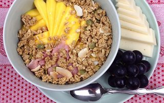 yum yum fusion parfait recipe, yogurt parfait, fruit parfait, mango, lunch